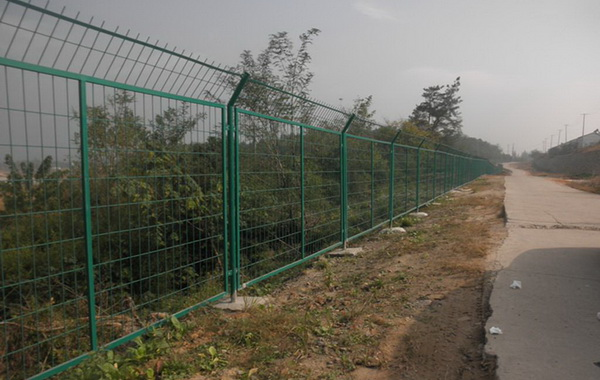 南京公路护栏网受大家喜爱的原因【推荐】