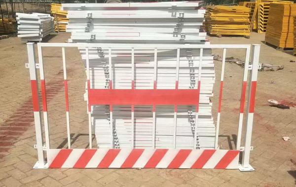 基坑临边防护栏杆标准规定及安装