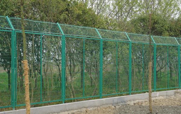 一米八高的护栏网价格是多少钱一套