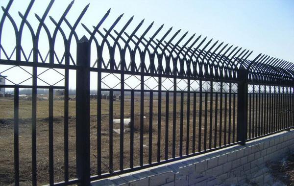 锌钢围栏价格是多少钱一米