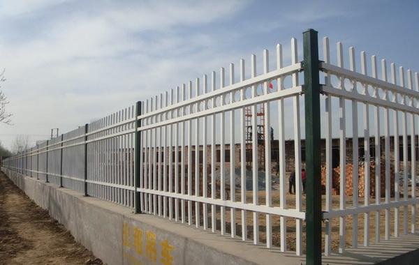 锌钢护栏防锈问题的处理