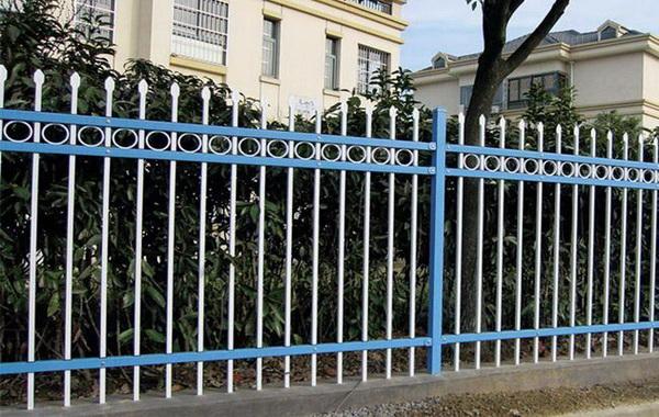 淮安锌钢护栏价格多少钱一米?