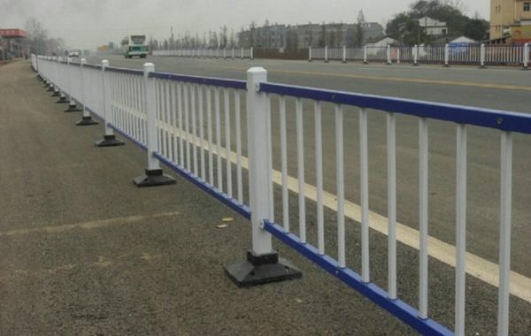 南京市政护栏优势明显被广泛应用【推荐】